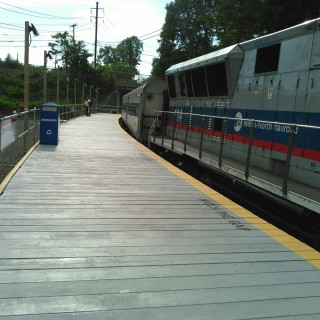 This is the platform that serves the Waterbury Branch at the Devon Transfer, a temporary station built along Metro-North's New Haven Line to allow customers to transfer to the Waterbury Branch while repair work takes place on the Devon Bridge. This station is located in the Devon section of Milford, Connecticut, between the Stratford and Milford stations on the New Haven Line. The temporary station opened 4 May 2015; the repair work is expected to take six months.